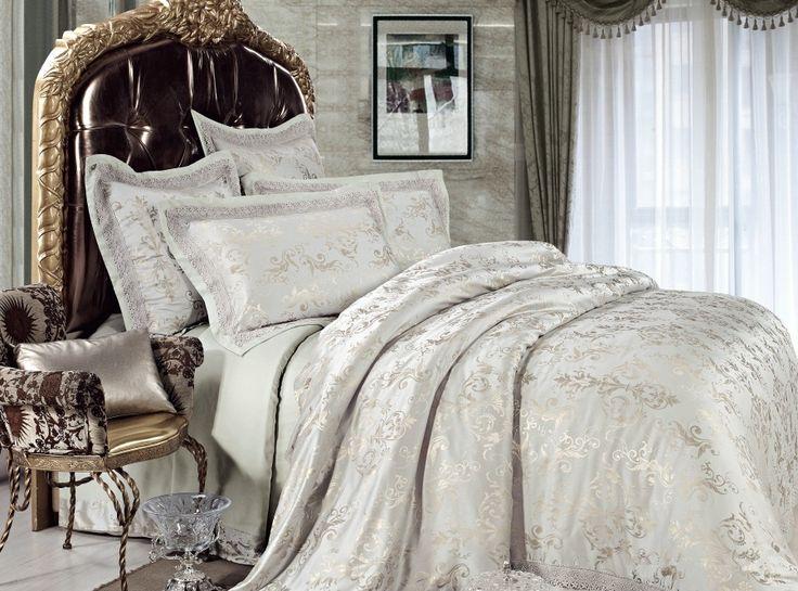4 Piece Jacquard Luxury Bedding Set Illusory Myth SETS083