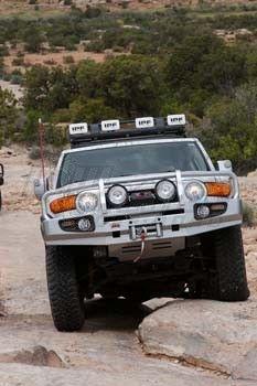 $1500 2007-2014 Toyota FJ Cruiser ARB Winch Bull Bar (3420210)