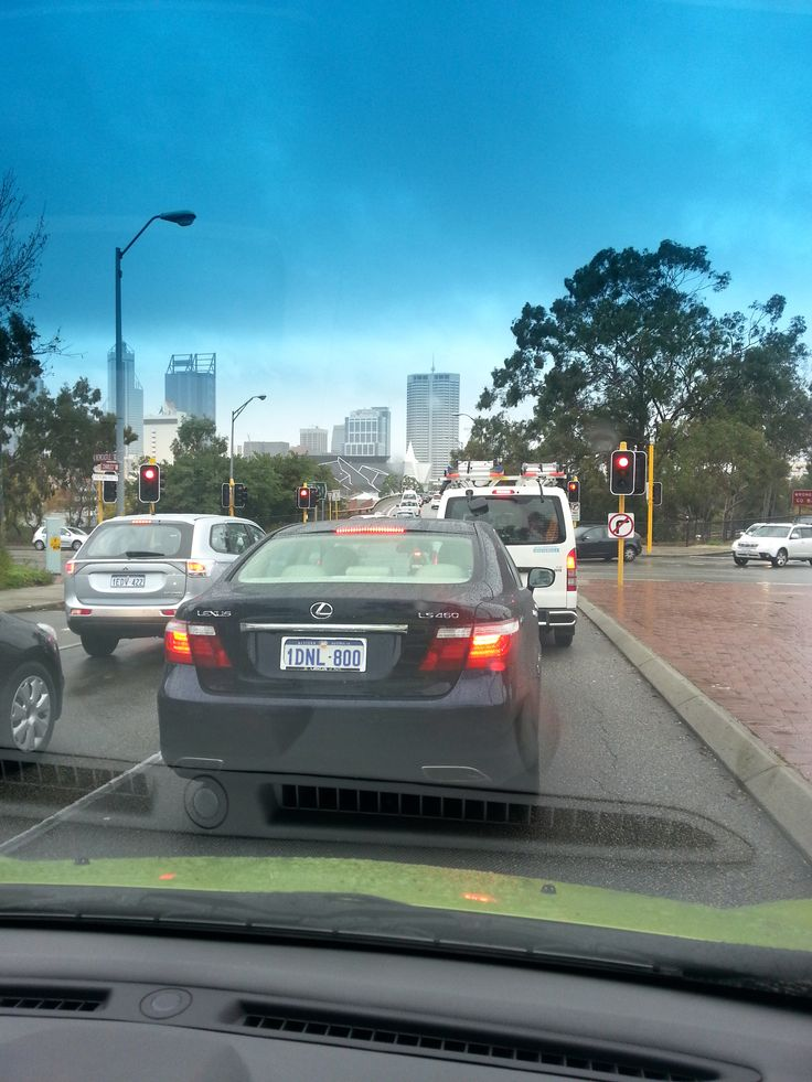 8am – peak hour traffic. Switch on the radio. Must remember to check out the new Gartner report tomorrow.
