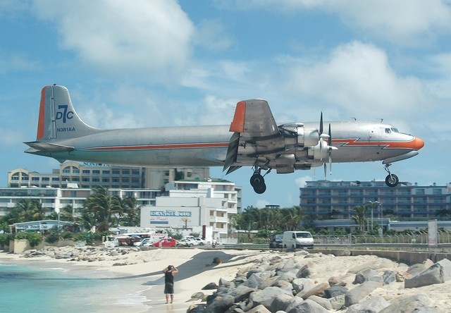 American Airlines Classic Colors Dc7 Flying Only At Sxm