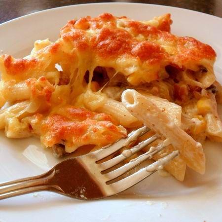 Egy finom Krémsajtos sült tészta gombával és baconnel ebédre vagy vacsorára? Krémsajtos sült tészta gombával és baconnel Receptek a Mindmegette.hu Recept gyűjteményében!