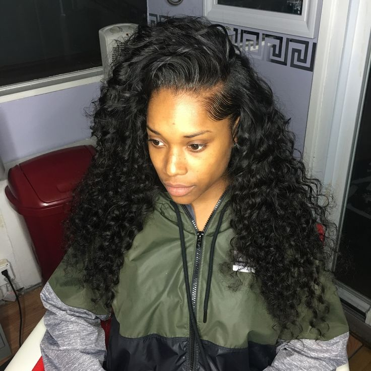 This popular look includes 3 Bundles of (20-22-24) Dominican Loose Wave! This is also a Partial Sew-In so it doesn't include a Closure/Frontal.** Shipping and Handling **Domestic: 5-7 busin...