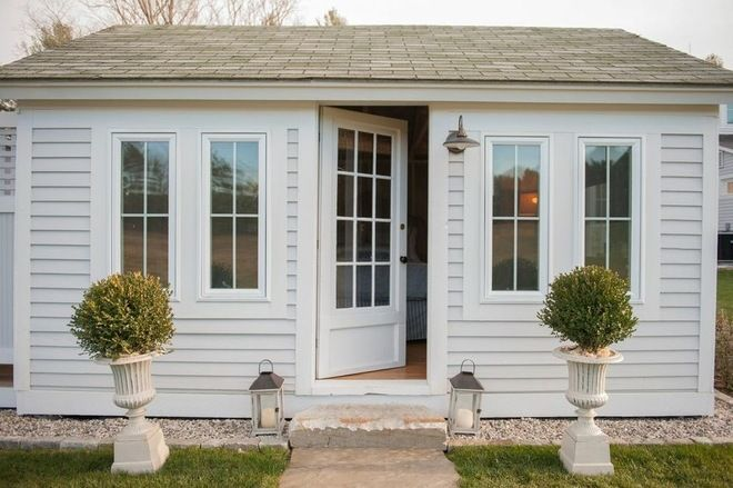 Guest cottage - part of a larger estate by Nastasi Vail Design