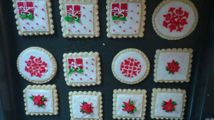 χριστουγεννιάτικα μπισκότα με σχεδια της κ. sugar flowers