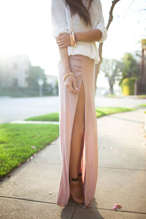 Neutral Maxi, super slit: Pink Maxi, Long Legs, Slit Skirts, Sho, Style, Pale Pink, Long Skirts, Thighs High, Maxi Skirts