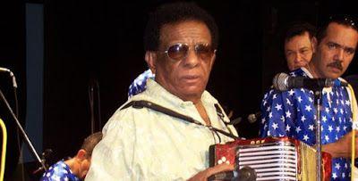 Entre Notas Rosa Multimedia: Murió el cantante y compositor Calixto Ochoa: Luto en el Vallenato