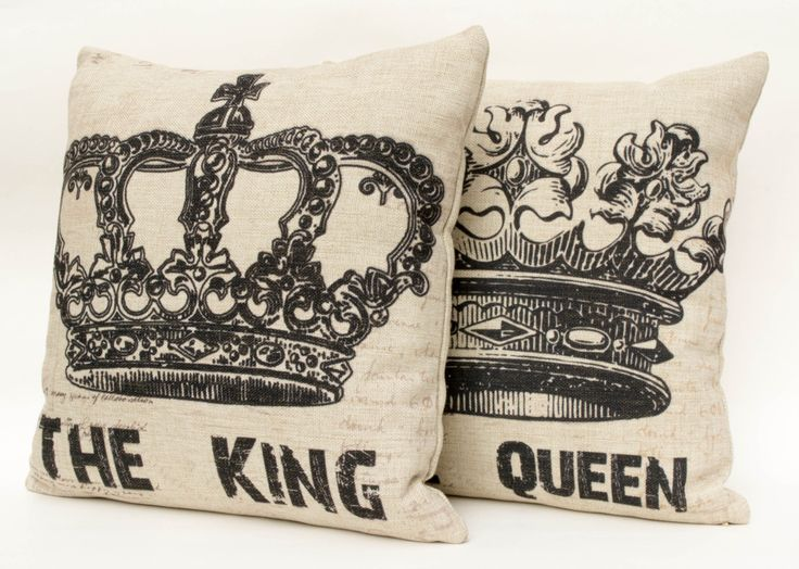 Set of 2 Cotton linen crown decorative throw pillow by leleehomy