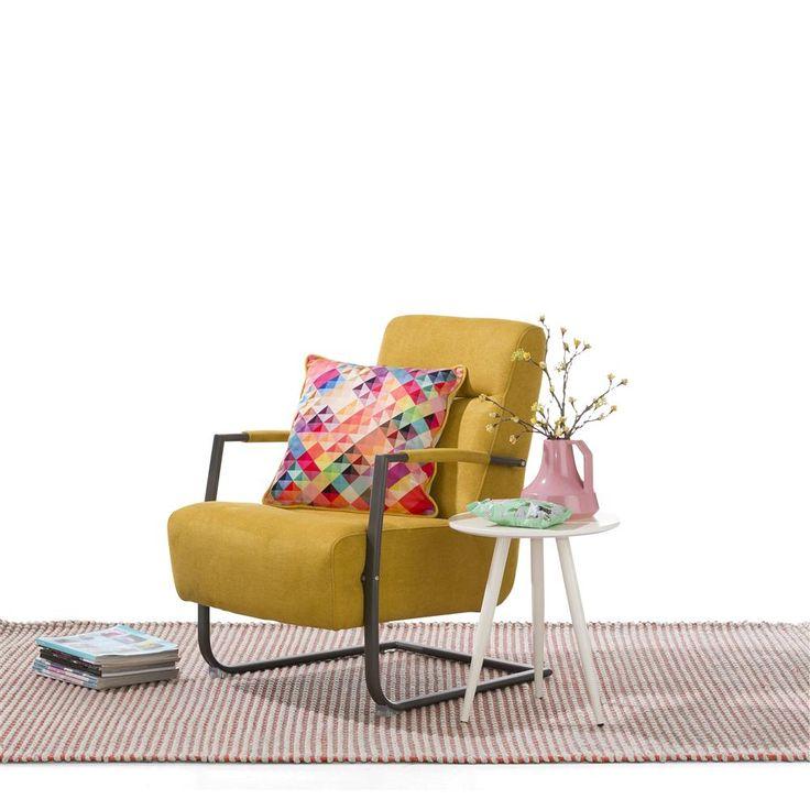 Adra fauteuil met frame in vintage metaal. Leverbaar in verschillende materiaal en kleuren! #fauteuil #vintage #geel