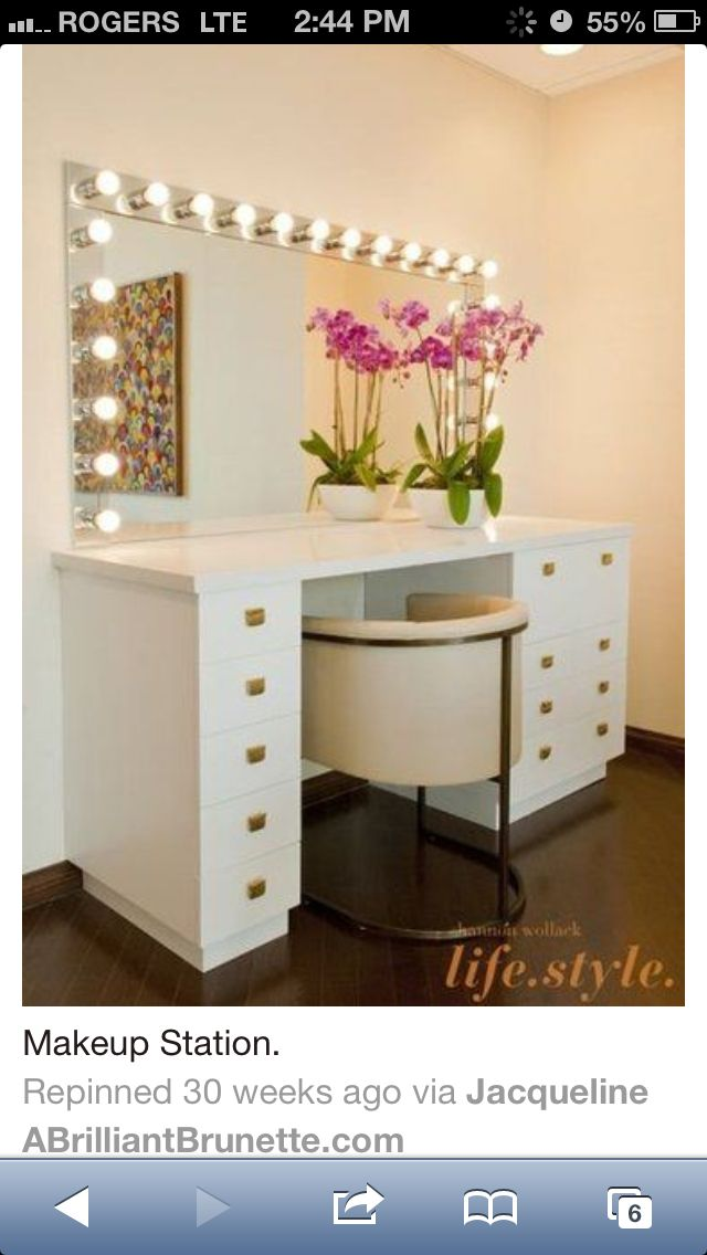 Makeup station with lots of drawers and I love those lights 13 best Makeup vanities images on Pinterest   Make up  Makeup  . Makeup Vanity With Lots Of Storage. Home Design Ideas