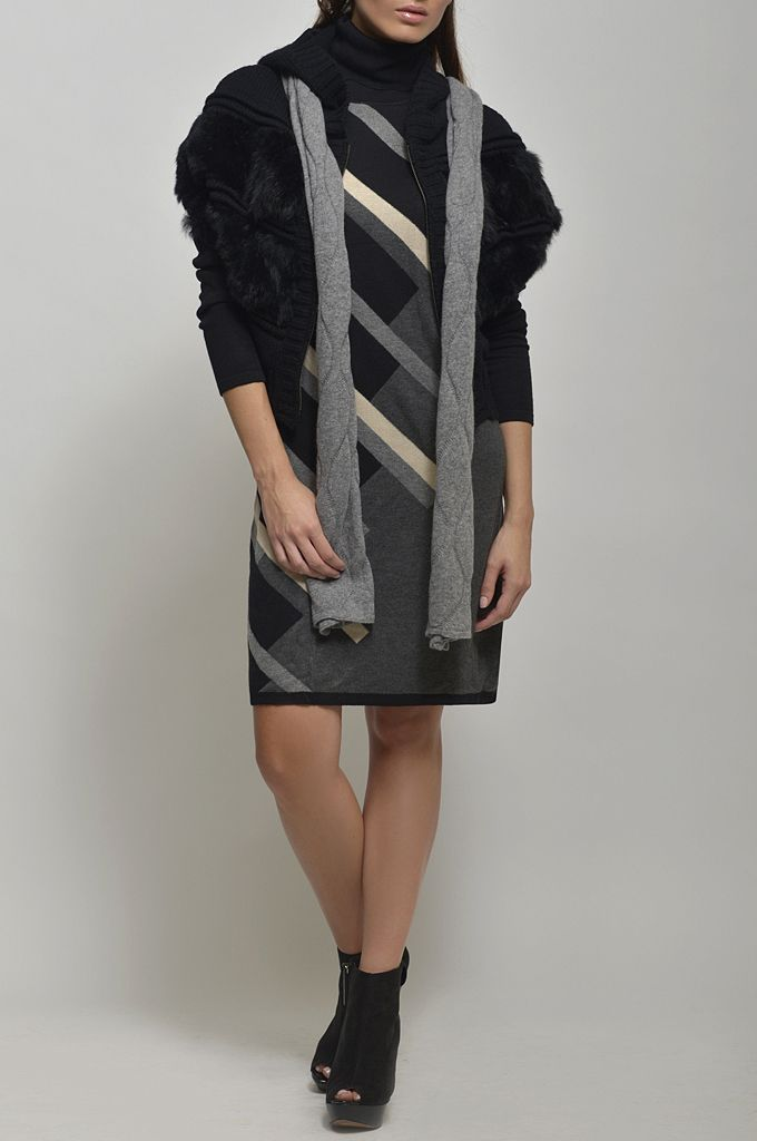 Collar neck knitted dress/ Sleeveless knitted cardigan with real fur and hood/ Wool scarf.
