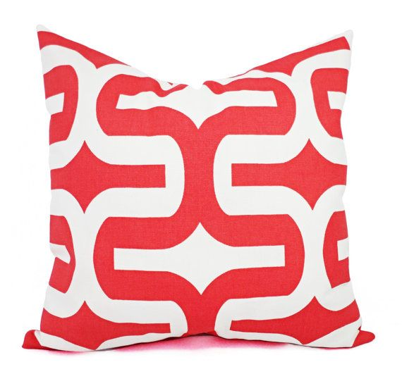 This listing is for two coral bed pillow covers in a modern geometric print. These coral decorative pillow covers fit any size pillow insert from a 12 x 16 lumbar cover to a 26 x 26 euro sham and are 100% cotton. Such a bright and sunny color! For coordinating fabrics, look here