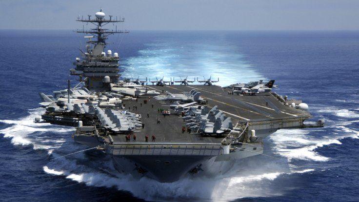 Gazete Duvar ///  ABD uçak gemisi rotayı Kore'ye kırdı