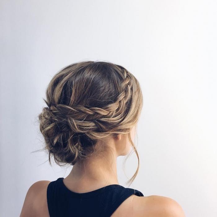 20 id es de coiffures pour un mariage m ches tresser et chignon. Black Bedroom Furniture Sets. Home Design Ideas