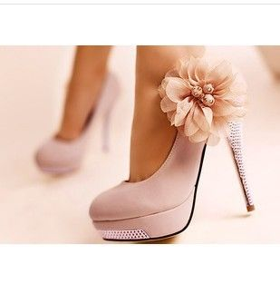 Free shipping, new fashion sexy sapatos shoes for women, large flowers princess nightclub high heels pumps with rhinestones. $33.99