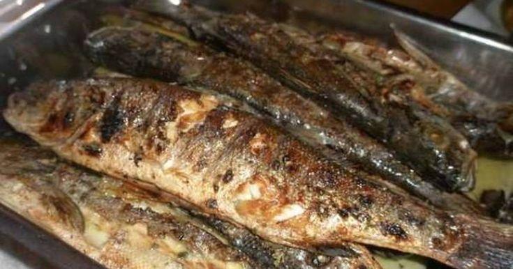 Εξαιρετική συνταγή για Ψάρια ψητά. Γρήγορο φαγητό και της ώρας. Νόστιμο και αρωματικό για τους λάτρεις των ψαριών! Recipe by evdoba