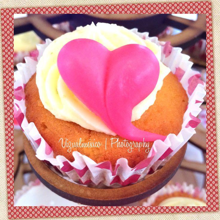 Decoración | Cup cakes | Pastel | Despedida de soltera | Fotografía para eventos | www.vizualmexico.com.mx