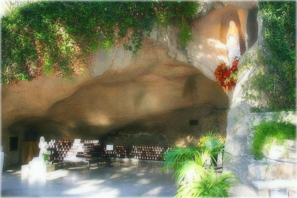 Our Lady of Lourdes Grotto, Oblate Missions, San Antonio, Texas
