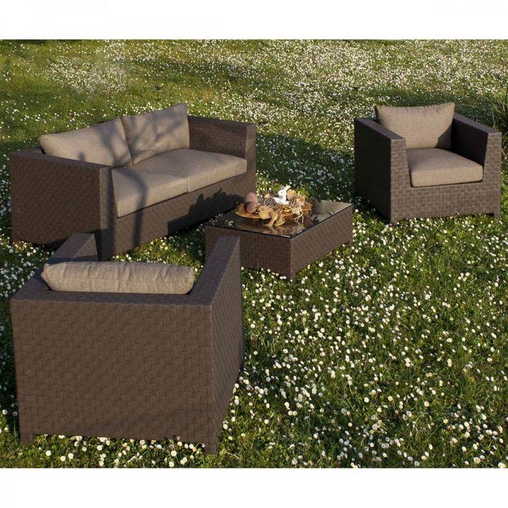 Set New Maros. Set da esterni moderno, un'ottima soluzione per arredare un portico, una terrazza o un'angolo del giardino creando una zona relax comoda e accogliente.