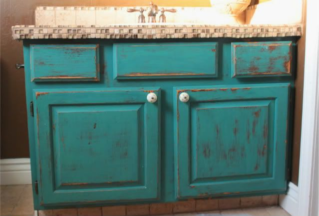 refinish oak cabinets  i wish i was this brave! but really, how