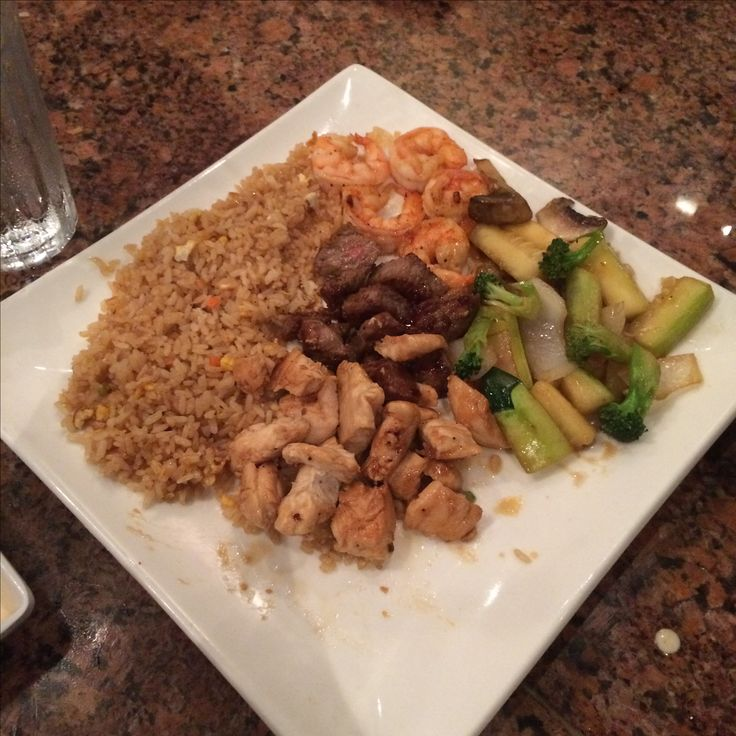 Sakura Steakhouse Hibachi Chicken & Shrimp$26.95