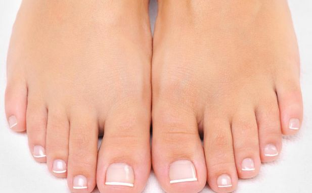 How to get rid of bunions without surgery? A bunion is a deformity of the foot that causes the big toe to turn inward.Here are top 10 ways to remove bunions