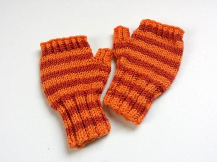 Fingerlose Handschuhe Kleinkind orange gestreift von frostpfoetchen auf DaWanda.com
