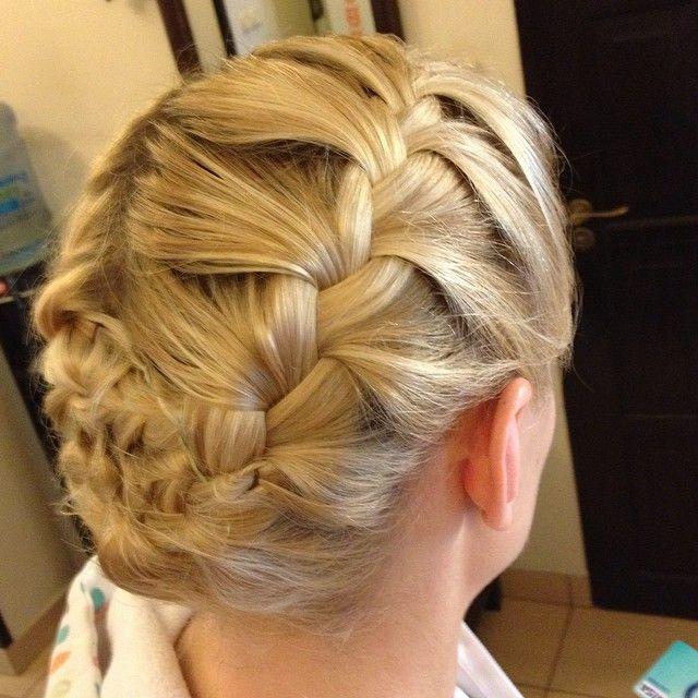 Upięcie plecione #hairstyle #hair #fryzjer #fryzjerwilanów #barber #braid #warkocz