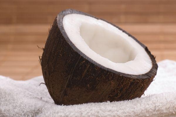12 utilizări ale uleiului de cocos