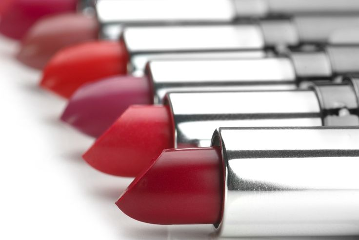 8 Perfect Lip Colors to Wear This Fall