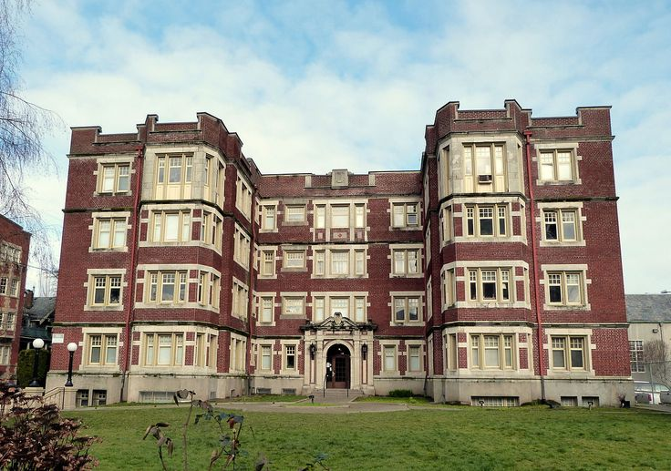 Belle court apartments in northwest portland oregon
