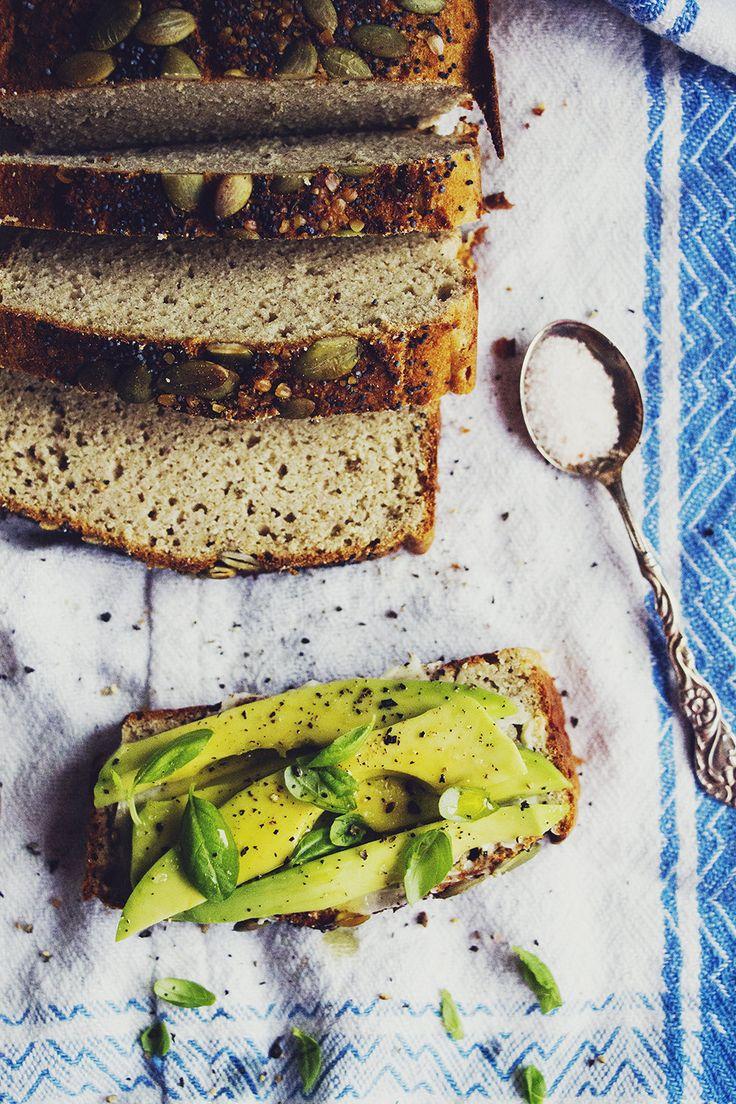 Mjukt glutenfritt bröd med bovete - & kokosmjöl