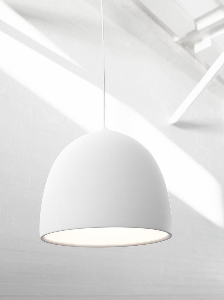 Lightyears Suspence P2 white