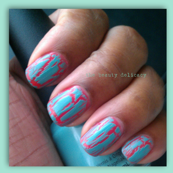 turquoise + neon pink = 80's retro crackle nails