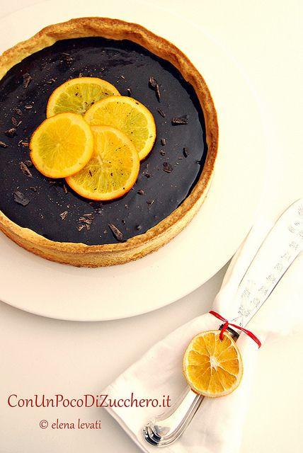 Una crostata di marmellata di arance amare e ganache al cioccolato...