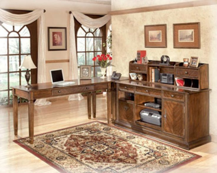 H52748 by Ashley Furniture in Winnipeg, MB - Home Office Short Desk Hutch