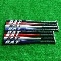 This lightweight aluminum alloy baseball bat is great for baseball players of all levels, ideal for