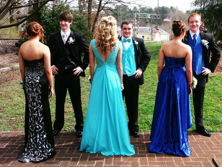 prom group pictures