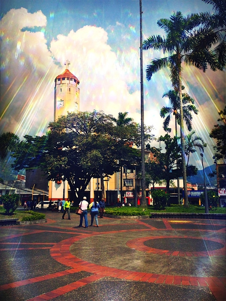 Iglesia La Valvanera. Pereira. Crédito Milton Ramírez (@FOTOMILTON) Mincultura 2012.