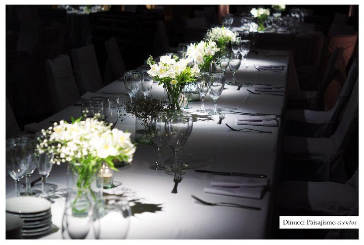 centros de mesa con flores para mesa principal.    #arreglofloral #flores  #centerpiece #weddingdeco #boda #deco #decoración #ambientación #alstroemeria #limonium