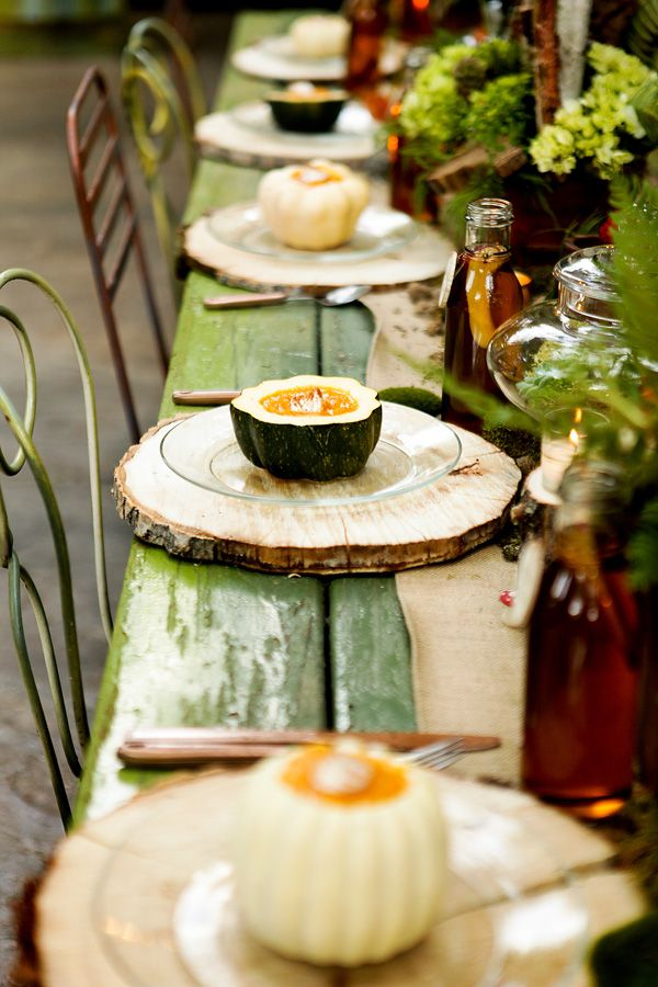 Rustic Tablescape: Love the green rustic wood table with the mismatched rod iron chairs and wood slab placemats! | weddingchicks.comIdeas, Trees Trunks, Places Mats, Tables Sets, Fall Table, Wood Slices, Thanksgiving Table, Places Sets, Fall Wedding