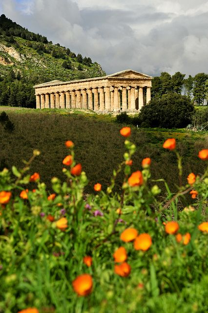 ♔Tempio, Segesta, Sicily, Italy
