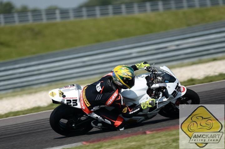 Fișier:Octavian Negrea - Amckart Racing Team - nr. 23 - SlovakiaRing 2012.jpg
