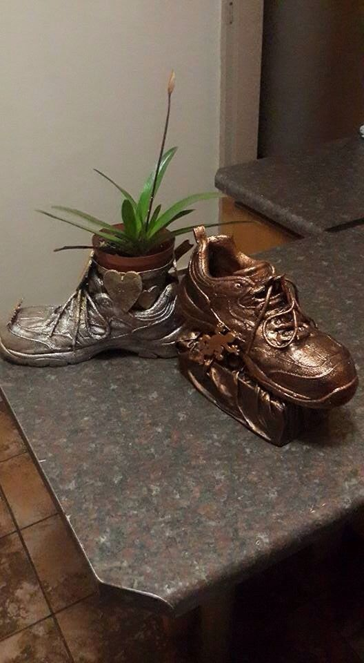 Tokreen shoes arn't for walking. - Hans Oelofse