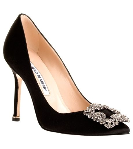 Best 25 satin pumps ideas on pinterest minolo blahnik for Shoe designer manolo blahnik