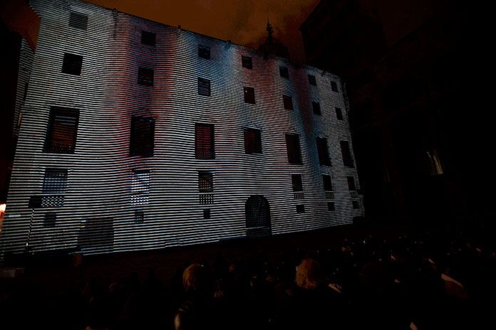 Onionlab's mind blowing 3D stereoscopic mapping Plaça del Rei stood out and dazzled everybody.