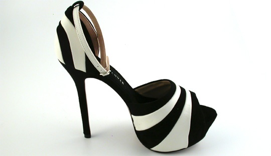 Bicolor sandals in leather and sueded leather,Black and white colours,Open toe,Ankle strap, heel 12 cm, CANDEM,Rebeca Sanver