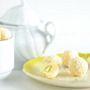 Isetehtud lumised raffaellod valge šokolaadi ja pistaatsiapähklitega
