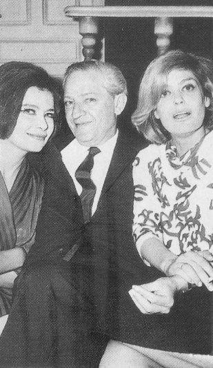 30 σπάνιες φωτογραφίες της αθάνατης Τζένης Καρέζη - nena.gr - Σελίδα 28