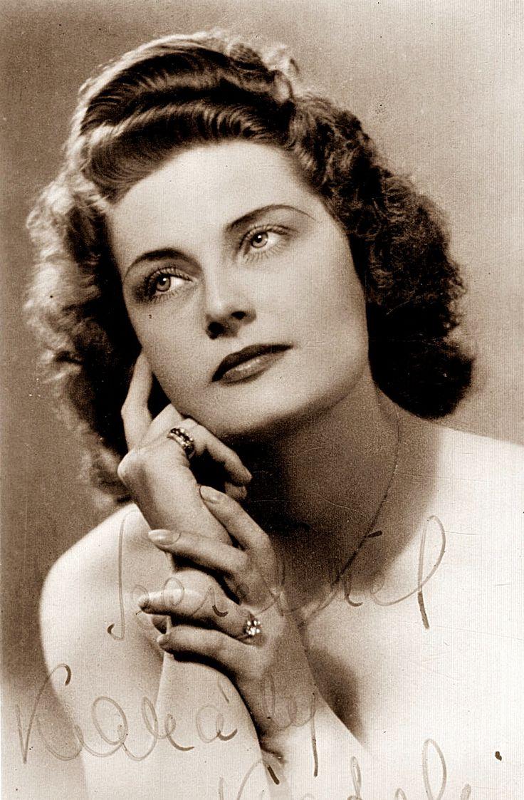 Karády Katalin, született Kanczler Katalin (1910-1990) magyar színésznő, énekesnő