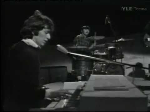 Live version of Gimme Some Lovin' by The Spencer Davis Group - with a young 17 yrs old Stevie Winwood on Organ and Vocals